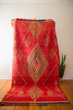 CINNAMON GUM [AKA BIG RED] : vintage berber carpet