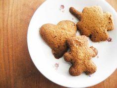 Lekker, verantwoord en ook leuk om te maken met kinderen. Dat zijn deze zandkoekjes van havermeel (meel van havermout).