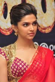 Deepika Padukone Hot Pics in Red Saree Saree Hairstyles, Trendy Hairstyles, Amazing Hairstyles, Wedding Hairstyles, Saris, Lehenga, Deepika Padukone Saree, Red Saree, Hairstyle Look