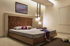 Vinod shah-Bedroom by Archis Patel & Tanvi Rajpurohit Bed Wall, Bedroom Wall, Bedroom Furniture, Bed Room, Master Bedroom Design, Modern Bedroom, Modern Bedding, Indian Bedding, Bedding Sets Online