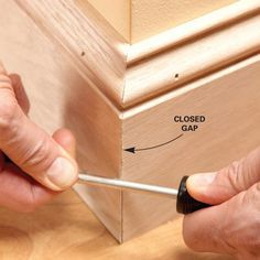 Woodworking Tools DIY: How to Make Perfect Mitered Cuts - the pros share their tips - Family Handyman - Pro tricks for air-tight joints Woodworking Furniture, Woodworking Tips, Diy Furniture, Popular Woodworking, Woodworking Machinery, Woodworking Workbench, Woodworking Techniques, Furniture Storage, Workbench Plans