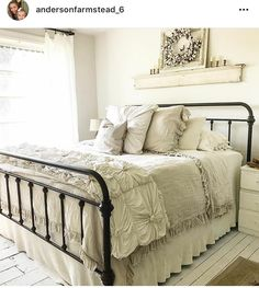 Are you searching for images for farmhouse bedroom? Browse around this site for amazing farmhouse bedroom ideas. This specific farmhouse bedroom ideas appears to be totally excellent. Farmhouse Style Bedrooms, French Country Bedrooms, Modern Farmhouse, French Farmhouse Decor, Bedroom Country, Farmhouse Interior, Country Farmhouse, Stylish Bedroom, Modern Bedroom