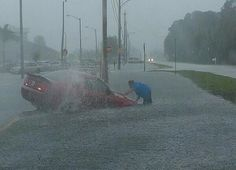 Heavy flooding rains from Florida to Carolinas