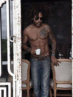 8 Times Lenny Kravitz Appeared On Our Feed and Effortlessly Took Our Breathe Away - Essence Lenny Kravitz, Elisabeth Harnois, Aging Backwards, Lisa Bonet, Vogue, A Day In Life, Thank God, American Women, Celebrity Gossip