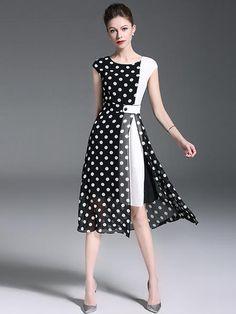 Polka Dot O-Neck Sleeveless Slit Skater Dress – DressSure Dress Outfits, Casual Dresses, Fashion Dresses, Summer Dresses, Ladies Dresses, Blazer Outfits, Tango Dress, Mode Hijab, Maxi Dress With Sleeves