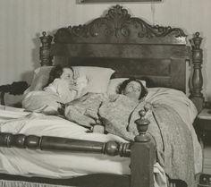 Olivia and Vivien on set of Melanie's birthing bed