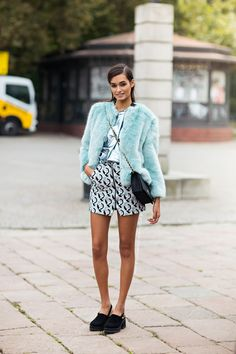 Tell me about your outfit, what you are wearing? - Im wearing a jacket from Zara, skirt from...