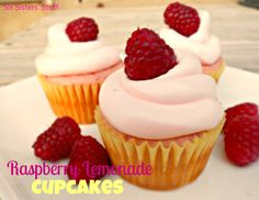 Raspberry Lemonade Cupcakes from SixSistersStuff.com. Fresh raspberries in the batter, real lemonade in the frosting . . . perfect for summer! #cupcake #dessert