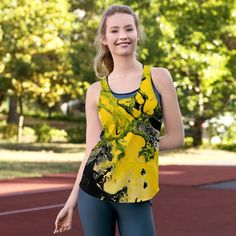 Lemony painijan toppi Materiaali polyesteri ( elastaani ) Mukava ja joustava kangas Pysyy hyvin muodossaan Koot XS – This racerback tank is a must-have item for warm days in the s… Must Have Items, Stretchy Material, Racerback Tank, Marathon, Pilates, Spinning, Crossfit, Hand Sewing, Tankini