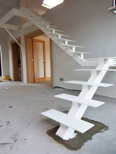 Steel Stairs Design, Staircase Design Modern, Home Stairs Design, Modern Stairs, Interior Stairs, Loft Design, House Design, Outdoor Stair Railing, Iron Stair Railing