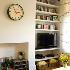 Need modern living room decorating ideas? Take a look at this cream living room … Need modern living room decorating ideas? Take a look at this cream living room with alcove shelves from Style. Alcove Storage, Living Dining Room, House Interior, Living Room Decor, Home Living Room, Living Room Shelves, Cream Living Rooms, Living Room Diy, Alcove Shelving