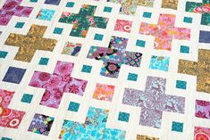 The Violet Quilt - A New Pattern | Kitchen Table Quilting Twin Quilt Size, The Violet, Purple Quilts, Art Gallery Fabrics, Vintage Quilts, Coloring Sheets, Quilt Top, Quilt Making, Pattern Paper