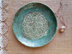 Sieh dir dieses Produkt an in meinem Etsy-Shop https://www.etsy.com/de/listing/505242968/blue-ceramic-plate-jewellery-storage