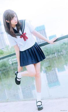 School Uniform Fashion, Japanese School Uniform, School Girl Outfit, School Uniform Girls, Girls Uniforms, Cute Asian Girls, Beautiful Asian Girls, Cute Girls, School Girl Japan