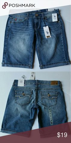 US Polo ASSN. Jean Shorts These Jean Shorts are not in awesome............ THEY ARE TOTALLY AWESOME!! These shorts help ANYONE to go for a run. If you don't like the smell of your old jumpsuit and your single, where these and look totally cute! US Polo ASSN. New York  Shorts Jean Shorts