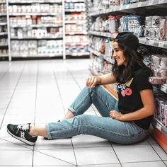 """Patry Jordán (@patryjordan) en Instagram: """"Aquí estoy en el supermercado de lo más natural!! ¿Queréis un vídeo imitando fotos tumblr? De…"""""""