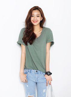 저렴한 가격구성 ↑ U넥 티셔츠