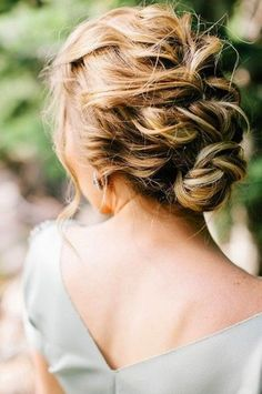 Wedding hair for guests... is anyone getting married so I can try this???;)