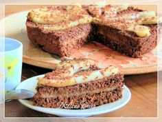 Gâteau Poire - Chocolat {cru, végétalien, sans gluten} @ Délices Crus Raw Food Recipes, Low Carb Recipes, Low Fat Low Carb, Gluten, Banana Bread, Desserts, Vegans, Candy Bars, Vegetarian Food