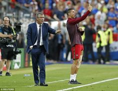 Cristiano Ronaldo became 'Ron Manager' to inspire Portugal to Euro 2016 final glory Portugal National Football Team, We Are The Champions, Cristiano Ronaldo Cr7, Good Soccer Players, Best Player, Real Madrid, Fifa, Good News, Sports