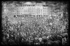 Les manifestations pour Charlie à Paris. Paris, City Photo, Trainers, Photography, Montmartre Paris, Paris France