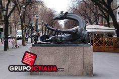 Rambla de Catalunya, Barcelona. Grup Actialia ofrece sus servicios en Barcelona: Diseño web, Diseño gráfico, Imprenta y Rotulación. www.grupoactialia.com