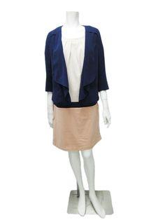 設計款垂領外套 米與深藍,兩段尺寸,定價4980  配色洋裝 膚粉 綠色跟深藍條紋 兩段尺寸 定價6580