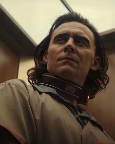 Loki Tv, Marvel Avengers, Thor, Loki Wallpaper, Avengers Wallpaper, Thomas William Hiddleston, Tom Hiddleston Loki, Loki Aesthetic, Marvel Photo