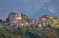 ''il borgo e il castello'' - Tenno