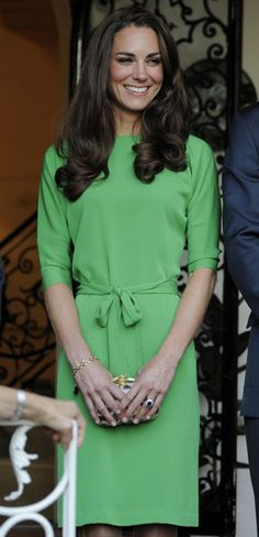 Kate Middleton. She is absolutely my fashion icon. :)