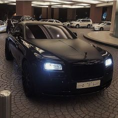 Murdered Wraith in Dubai! 📷: @big.toys . 💲💲💲💲💲💲💲. #ferrari #lamborghini #luxury #mclaren #f4f #rangerover #bearautomotive #followme #bugatti #nonitroneeded #supercar #picoftheday #carporn #cars #gtr #sportcar #follow4follow #followforfollow #likeforlike #bentley #like4like #car #like #girl #rollsroyce #love #bugatti #rangeroversport 💲💲💲💲💲💲💲 Please use our hashtag #rollsroyceworld for likes and possible features! Please be active on my account, comment and like!