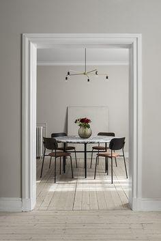 Peek Inside the Home of Menu's Design Director for Minimal Styling Inspiration (Nordic Design) Nordic Design, Küchen Design, House Design, Menu Design, Brand Design, Modern Design, Design Ideas, Graphic Design, Interior Design Inspiration