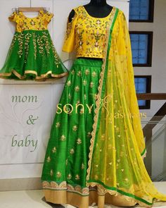Indian Mother and Daughter Matching Dresses - FashionShala Mom Daughter Matching Outfits, Mommy Daughter Dresses, Mom And Baby Dresses, Kids Party Wear Dresses, Mother Daughter Fashion, Dresses Kids Girl, Birthday Dresses, Baby Outfits, Kids Blouse Designs