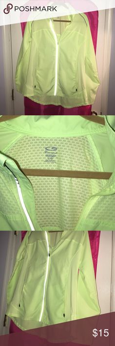 Running Jacket Light wear running jacket, reflectors, flattering fit, size large worn only a few times! Light yellowish green Champion Other