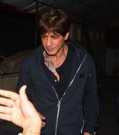I Spoke To The Guy Who Tattooed Shah Rukh Khan, And He Confirmed That It's Temporary