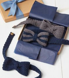Crochet Patterns Boy How To Make Crochet Bow Tie Crochet Bow Ties, Crochet Bow Pattern, Crochet Hair, Crochet Ideas, Baby Patterns, Quick Crochet, Crochet For Boys, Crochet Crafts, Ties