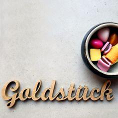 """""""Goldstück"""" Deko Schriftzug von NOGALLERY auf DaWanda.com"""