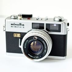 1970s Minolta Hi-matic E rangefinder camera  unfortunately, it's not in working condition... :(