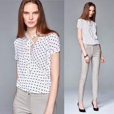 Блузка и брюки из новой весенней коллекции #taranko Блуза на запАх в мелкий горошек комфортная и практичная брюки из вискозы с эластаном высокая и удобная посадка. Все #вналичии #москва #шоуруммосква на Южнопортовой 5 оптом и в розницу доставка отправка примерка. 84997047744
