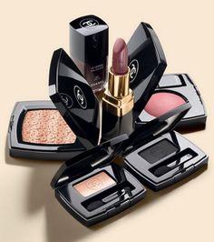 chanel-fall-2012-makeup