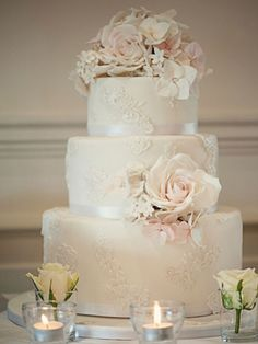 Beautiful without the flowers. Too many. Just a few and then a cake topper