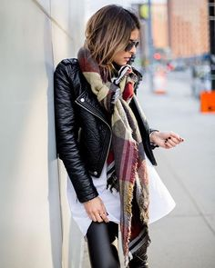 (From The girl from Panama blog) @thegirlfrompanama  Photo © Lisa Richov #motojacket #blackleather #leatherjacket #scarf #layers #cool #style #lucstyle