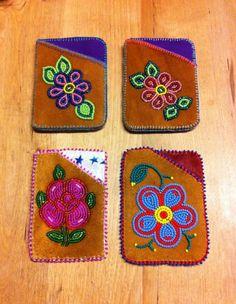 Native Beading Patterns, Beadwork Designs, Native Beadwork, Loom Patterns, Bead Crafts, Arts And Crafts, Seed Bead Art, Loom Craft, Native American Crafts