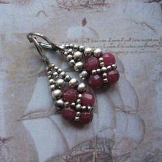 Beadwoven Treasure - Sparkling Drops | JewelryLessons.com