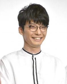 ニュース| 歌手で俳優の星野源(36)が8日、都内で行われたアニメーション映画『夜は短し歩けよ乙女』公開記念舞台あいさつに出席。作品にちなみ、印象深い夜の思い出を語った。