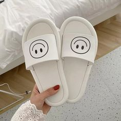 Low Shoes Slippers Casual Slides Soft Luxury Massage Flat Basic Appliques Short Plush Floral Fabric PU Concise with Cotton Style Indie, Style Grunge, Soft Grunge, Tumblr Outfits, Grunge Outfits, Grunge Fashion, Dr Shoes, Cute Shoes, Baby Shoes