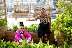 Moments live on air from SABC 3 morning show: Expresso- Elana Afrika & Hot Mr C gallivanting in the gardens