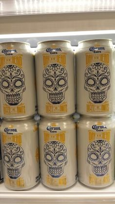 Day of the dead coronas I love skulls and coronas Halloween Pumpkins, Halloween Party, Halloween Table, Homemade Halloween, Family Halloween, Halloween Stuff, Vintage Halloween, Halloween Couples, Homemade Costumes