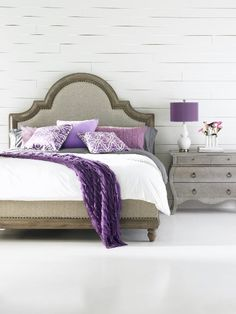 I love this but that white wall would be a dark grey!