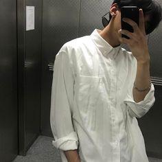 crossdresser instgram model and a sugar daddy © gucciberrytae, 2018 … Korean Boys Ulzzang, Cute Korean Boys, Ulzzang Boy, Korean Men, Asian Boys, Asian Men, Korea Fashion, Boy Fashion, Boy Tumblr